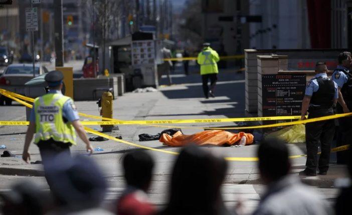 Újabb furgon hajtott gyalogosok közé: eddig 10 halott 16 sérült 1