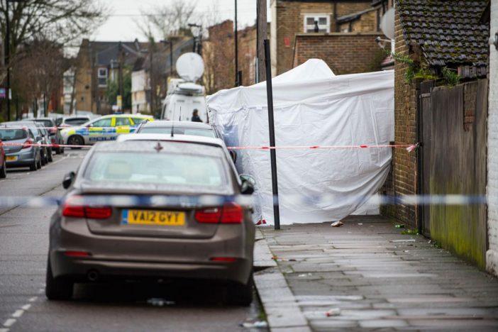 Egy 16 éves fiút arcon lőttek, majd egy 17 éves lányt agyonlőttek Londonban 1