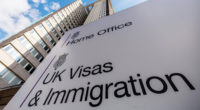 Több, mint 20,000 embernek NEM adtak ki információt a tartózkodási engedély megszerzéséhez Nagy-Britanniában 2